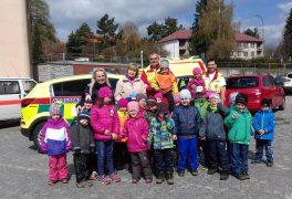 MŠ Žďárská na návštěvě u záchranářů