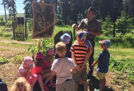 V lese s lesním pedagogem – MŠ Žďárská