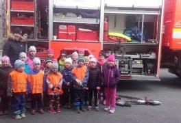 Návštěva hasičské zbrojnice z MŠ Drobného